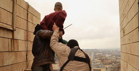 SHOCKING images show Islamic State (ISIS) throwing gay men from roof top to death!